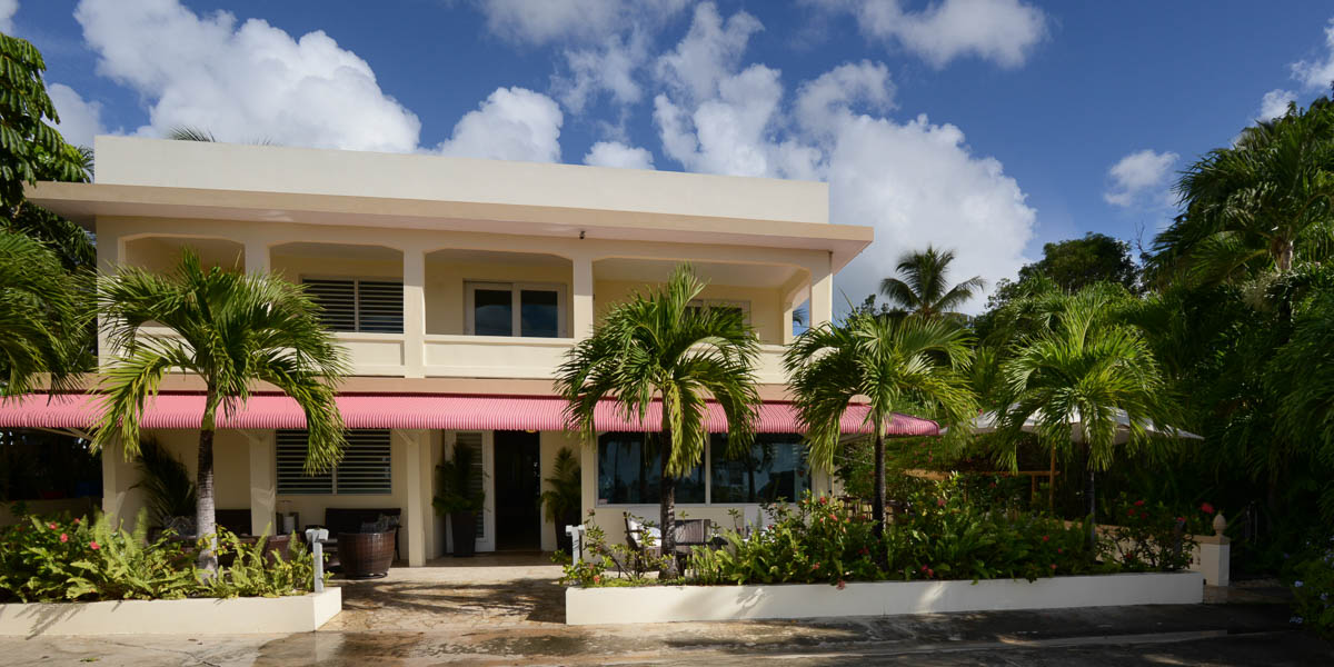 side view malecon house vieques